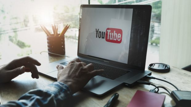 Itinéraire Bis lance sa chaîne Youtube pour aider les jeunes en cours d'orientation